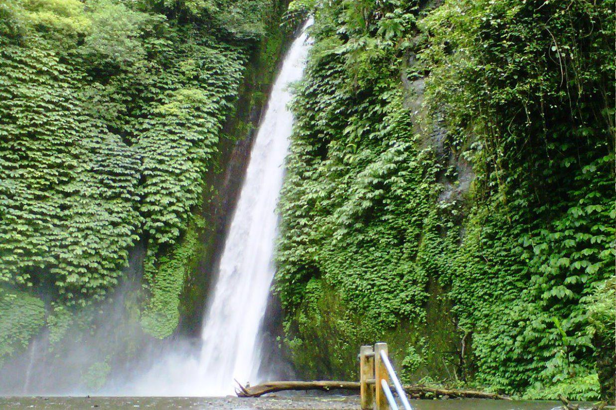 Водопады на Бали