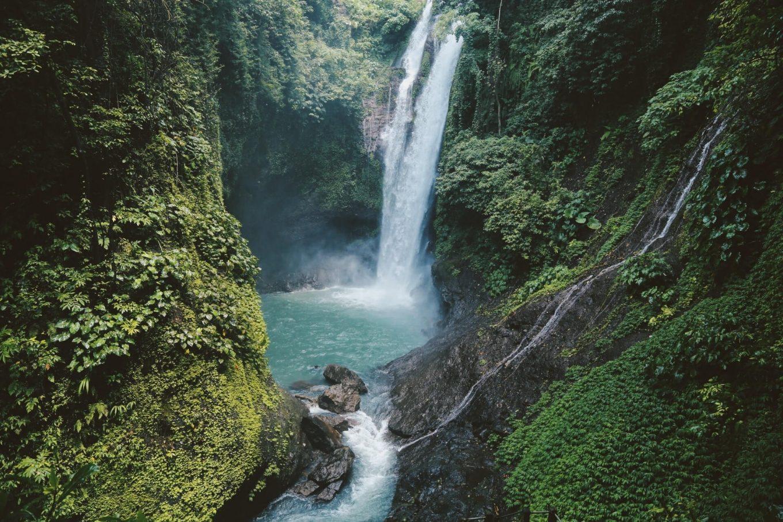Водопад Алинг-Алинг