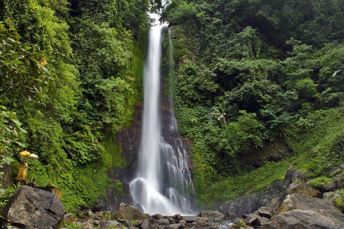 Водопад Гит-Гит (Gitgit)