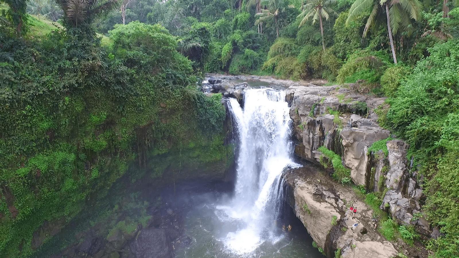 Фото водопада Тегенунган