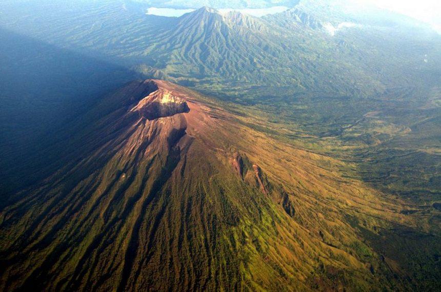 ТОП-25 достопримечательностей Бали вулкан Агунг