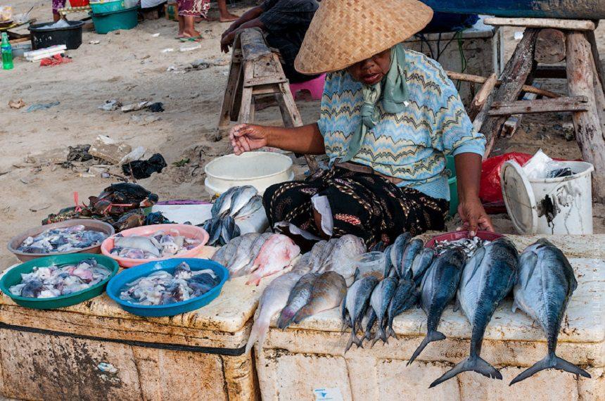 Рыбный рынок в Джимбаране – самый известный из подобных на Бали