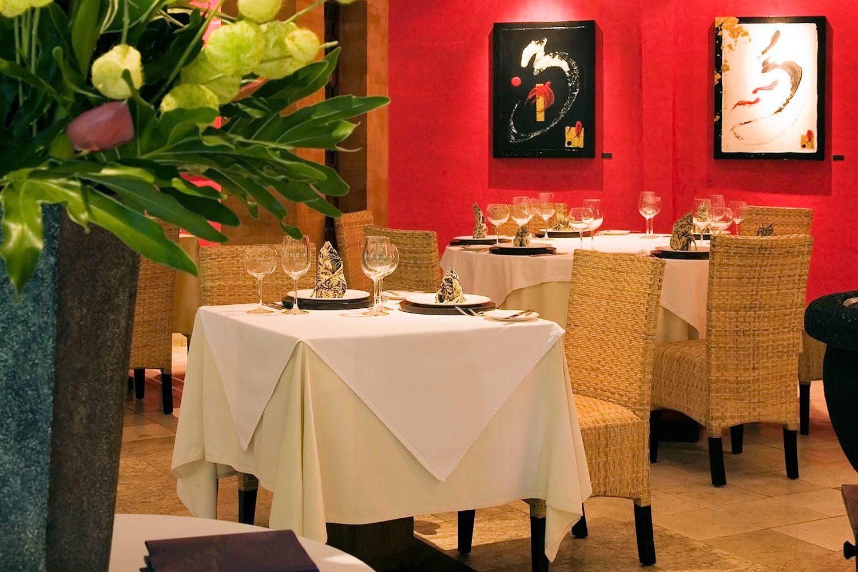 Фото Mozaic Restaurant Gastronomique Bali Ubud