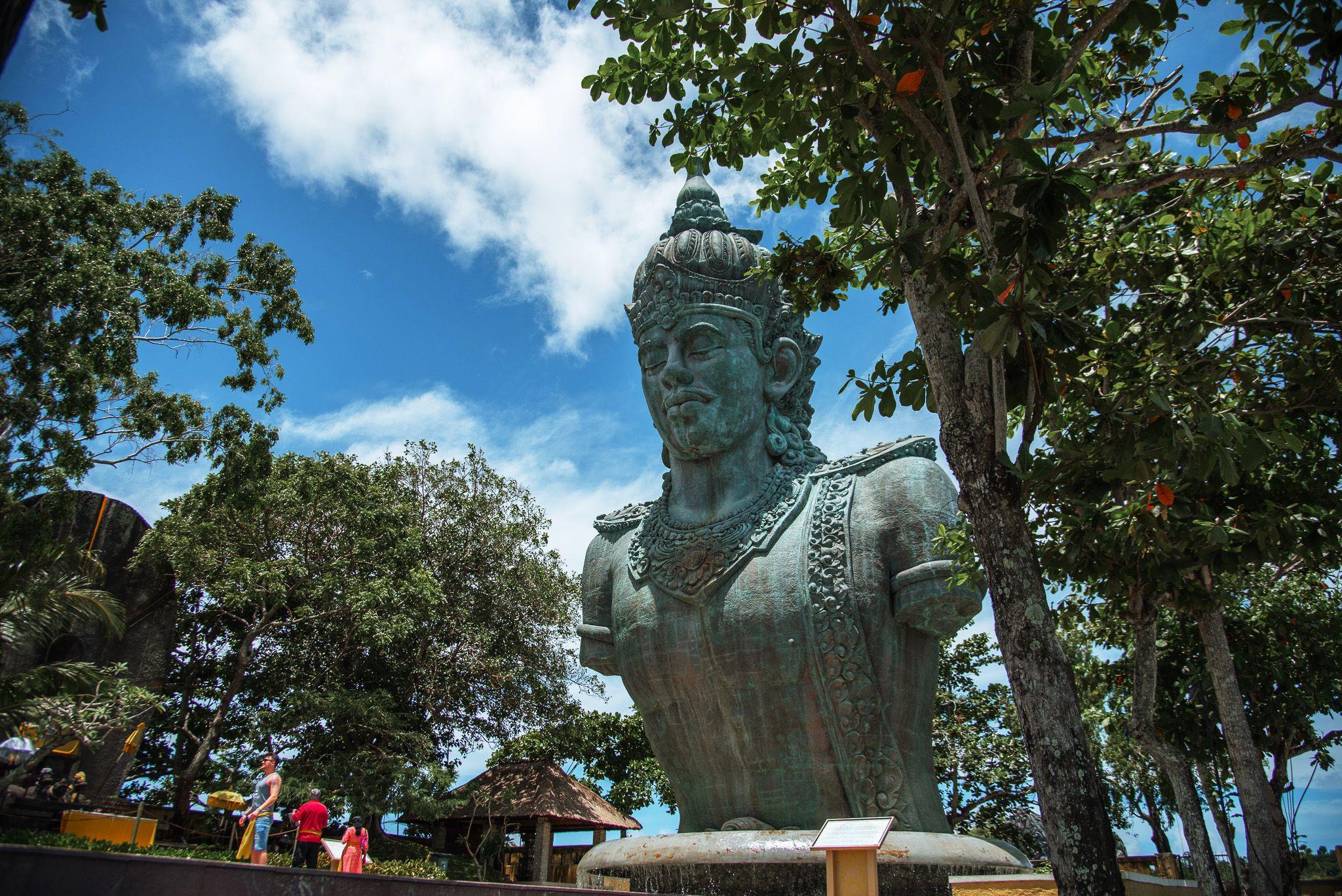Фото Garuda Vishnu