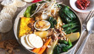 Традиционная и популярная еда на Бали
