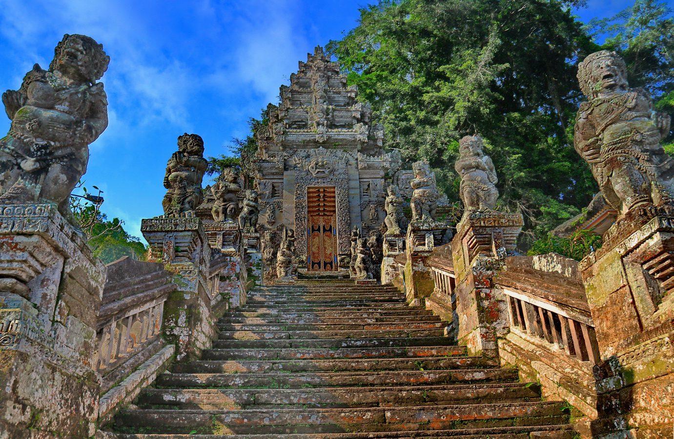 Храм Пура Кехен на Бали