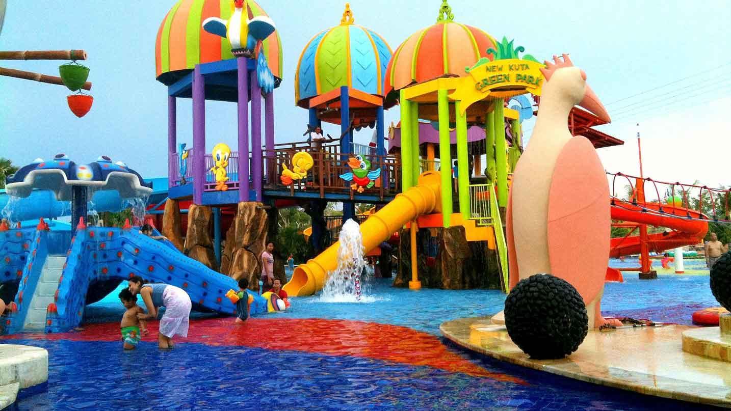 На фото аквапарк Нью Кута Грин парк
