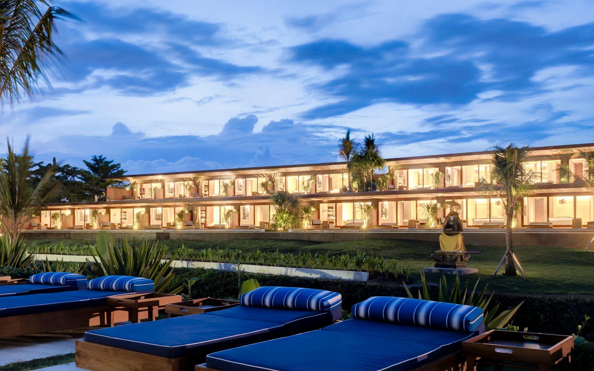 На фото отель Komune Resort