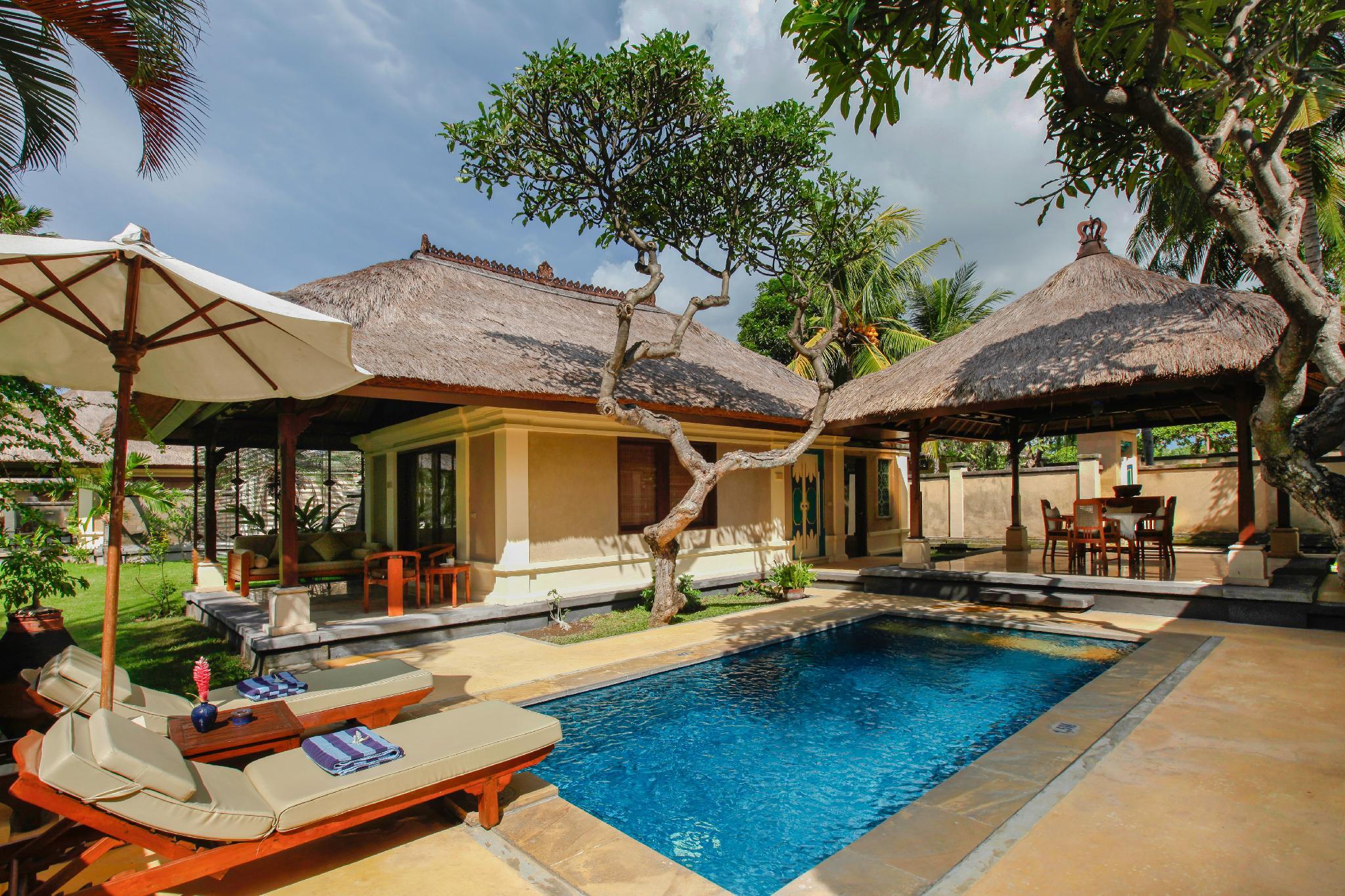 На фото отель Puri Bagus Lovina