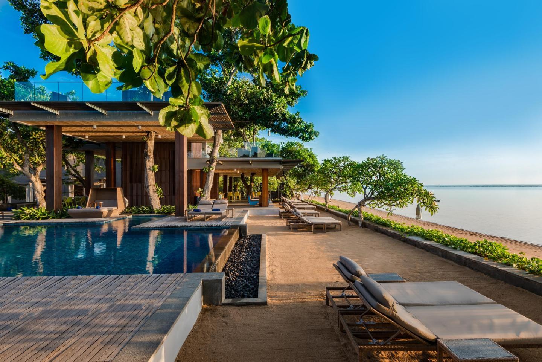 У каких отелей Бали есть хороший пляж
