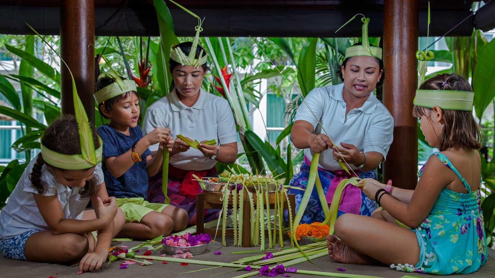 На Бали любят маленьких детей