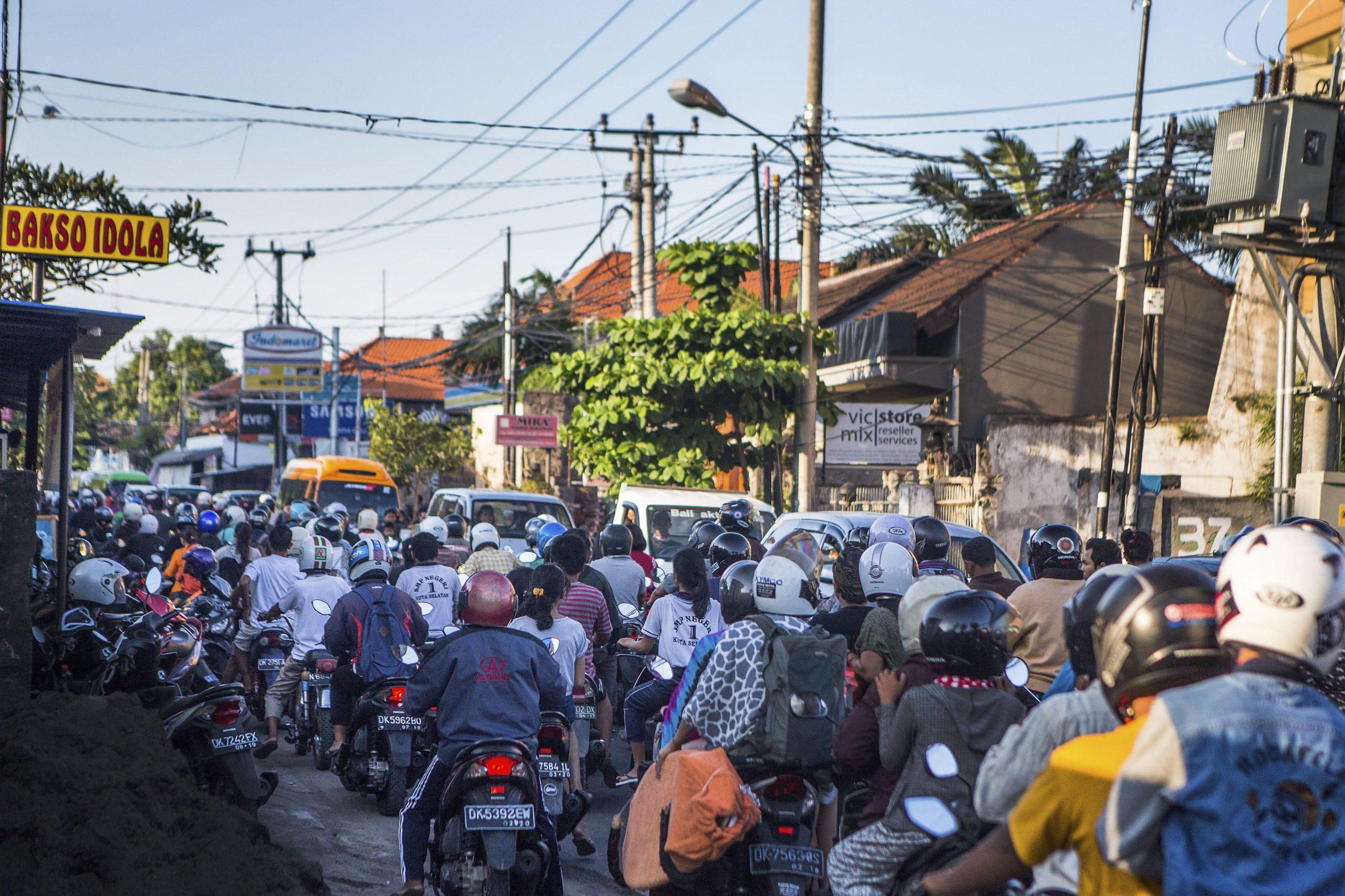 На Бали плохо соблюдают ПДД