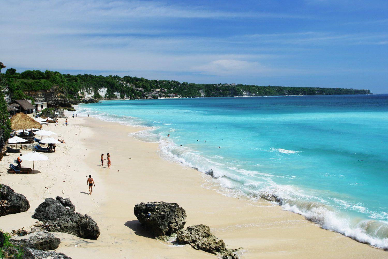 На фото пляж Дримленд