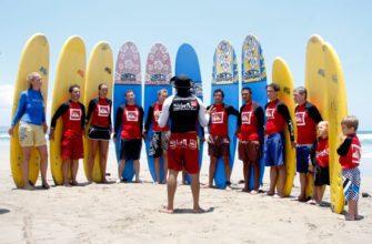 Какие школы серфинга есть на Бали
