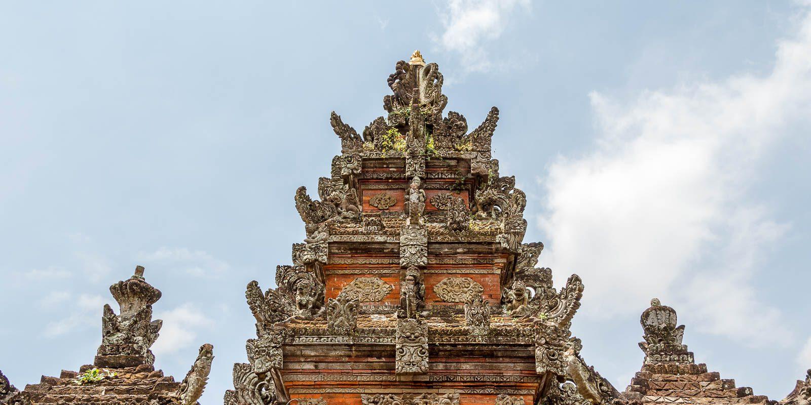 Фото башни храма