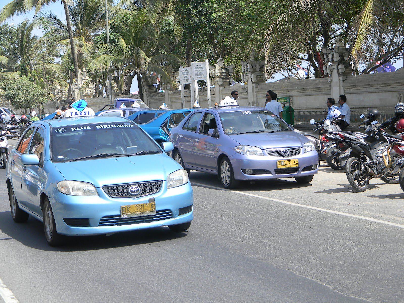 Фото такси на Бали