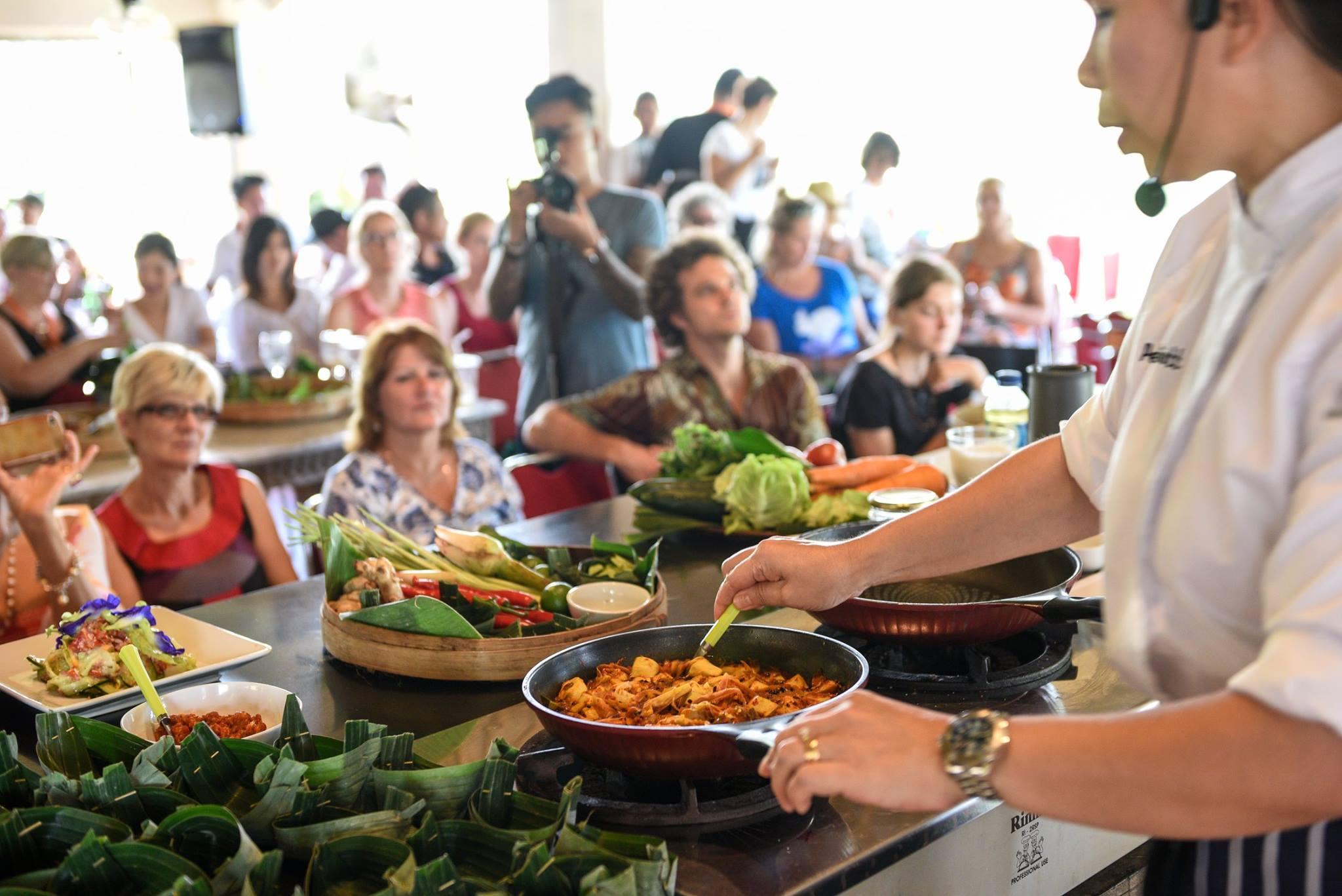 Фото фестиваля еды